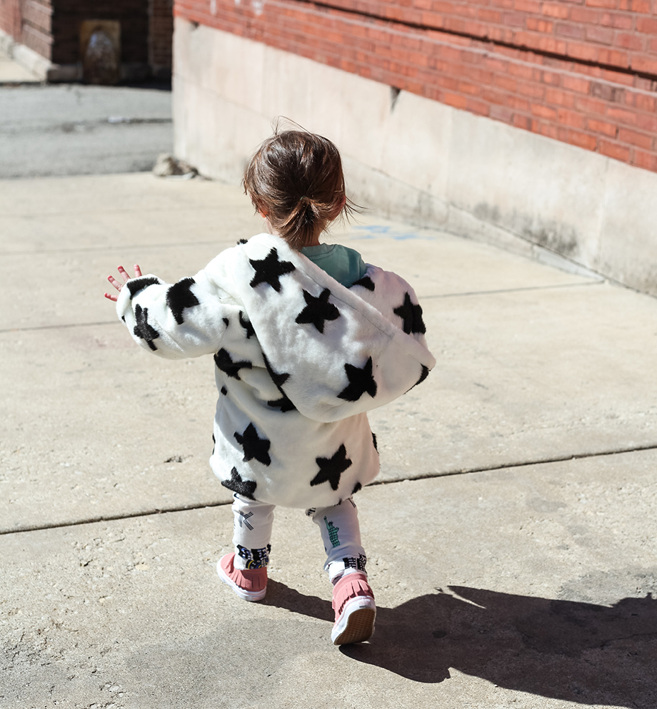 This is a mother daughter fashion post by Glitter and Bubbles at the Fulton Vortex in Chicago featuring Childsplay Clothing.