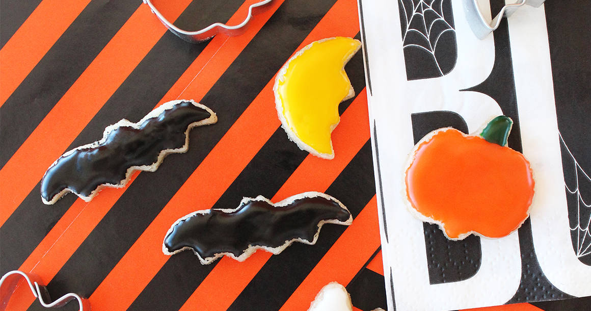 This is a recipe for a spooky good cookie puzzle for Halloween by Glitter and Bubbles.