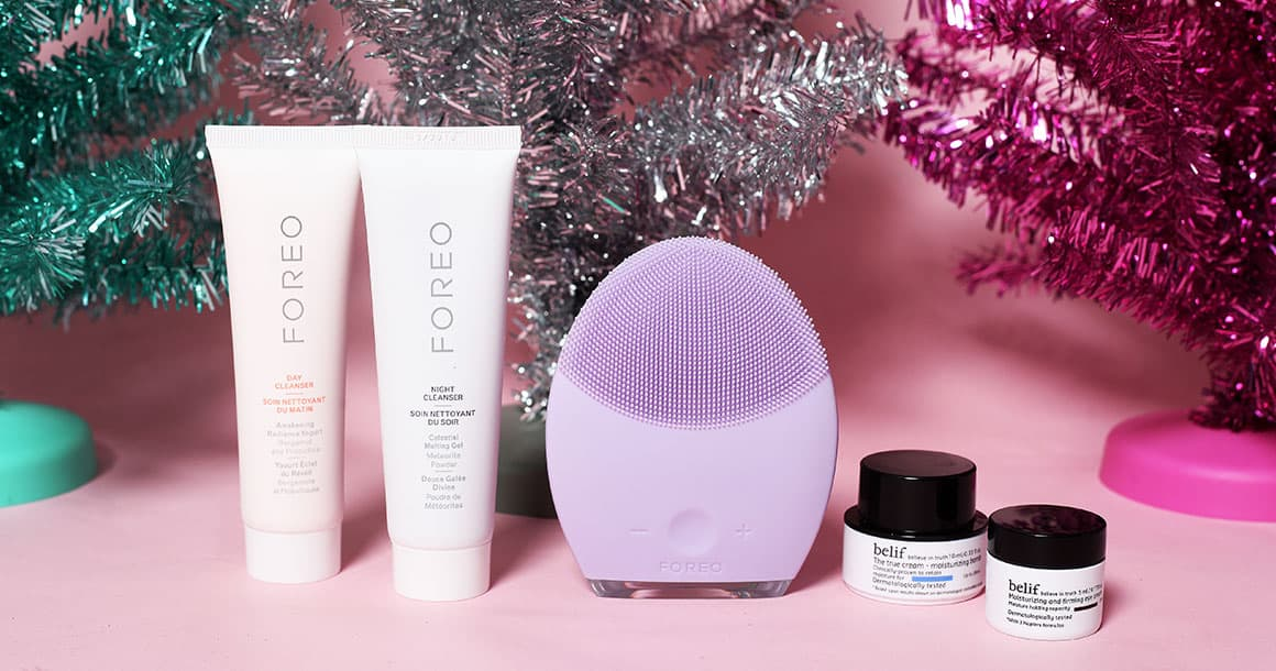 A mace mask from the FOREO Brighter Together giveaway.